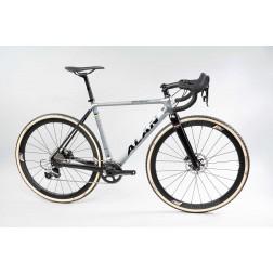 Crossrad ALAN Super Cross Race Design SCR3 mit Shimano Ultegra DI2 hydraulic